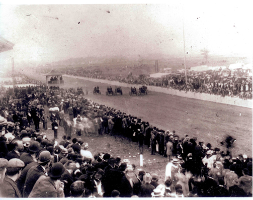 50,000 people gathered to watch the race